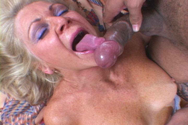 Exploited moms free videos
